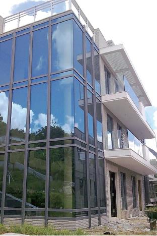 玻璃幕牆5